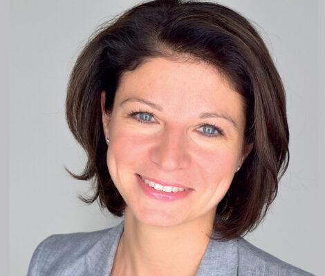 Elena Fedotova - Schneider Electric