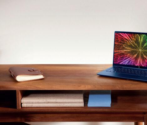 Notebook sur une table